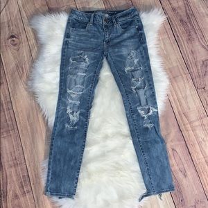 EUC American Eagle distressed ankle Jeggings